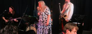 Tracey Miller and the Cyclones at the Lomond Hotel 30/06/19